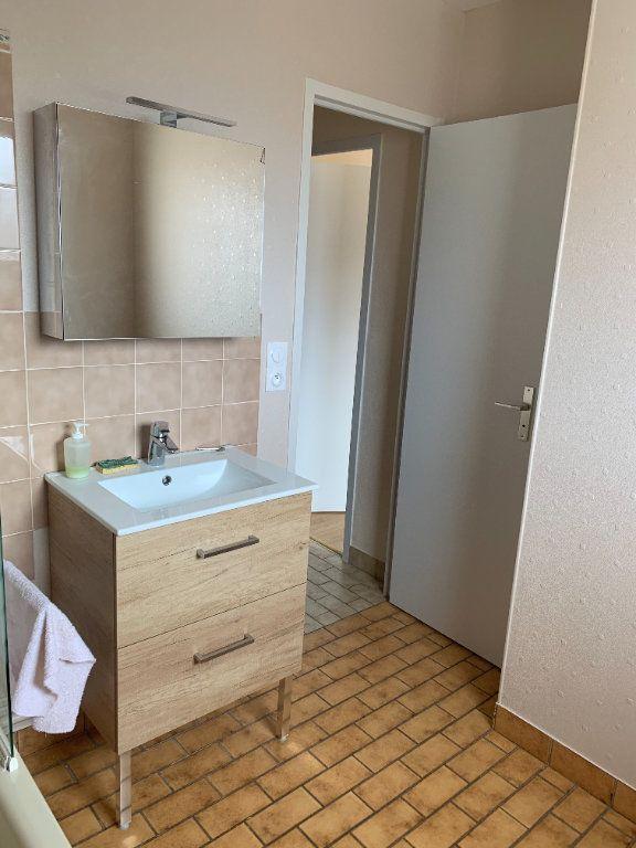 Appartement à louer 3 70.48m2 à Romorantin-Lanthenay vignette-10