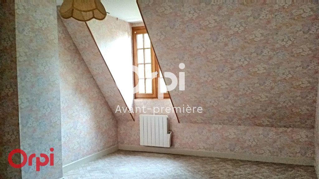Maison à vendre 7 264m2 à Montmarault vignette-12