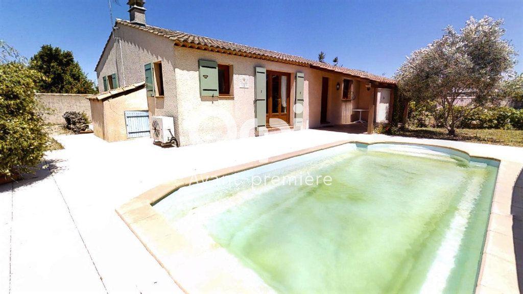 Maison à vendre 5 102m2 à Saint-Maximin-la-Sainte-Baume vignette-9