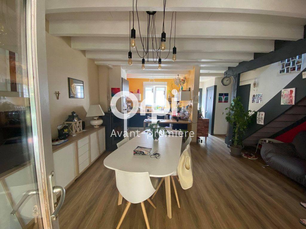Maison à vendre 6 98m2 à Rochefort vignette-3
