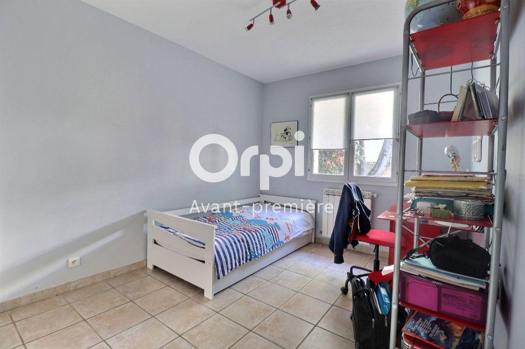 Maison à vendre 4 108m2 à Allauch vignette-7