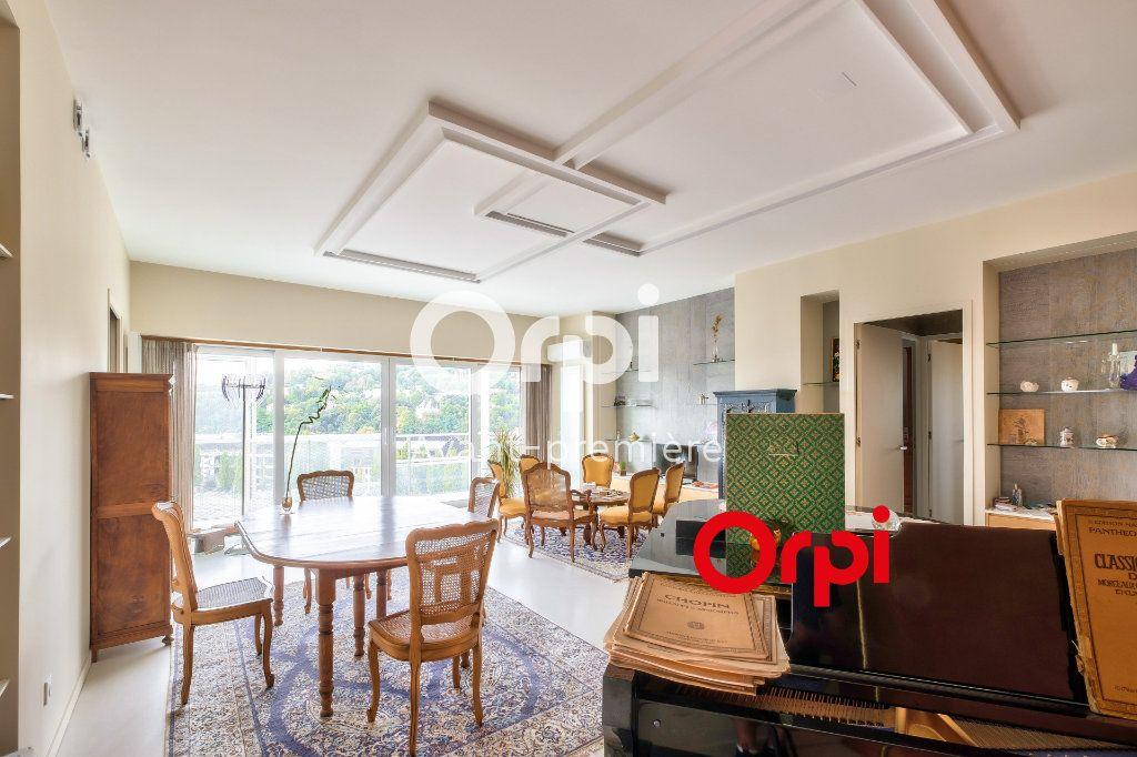 Appartement à vendre 3 117m2 à Lyon 2 vignette-3