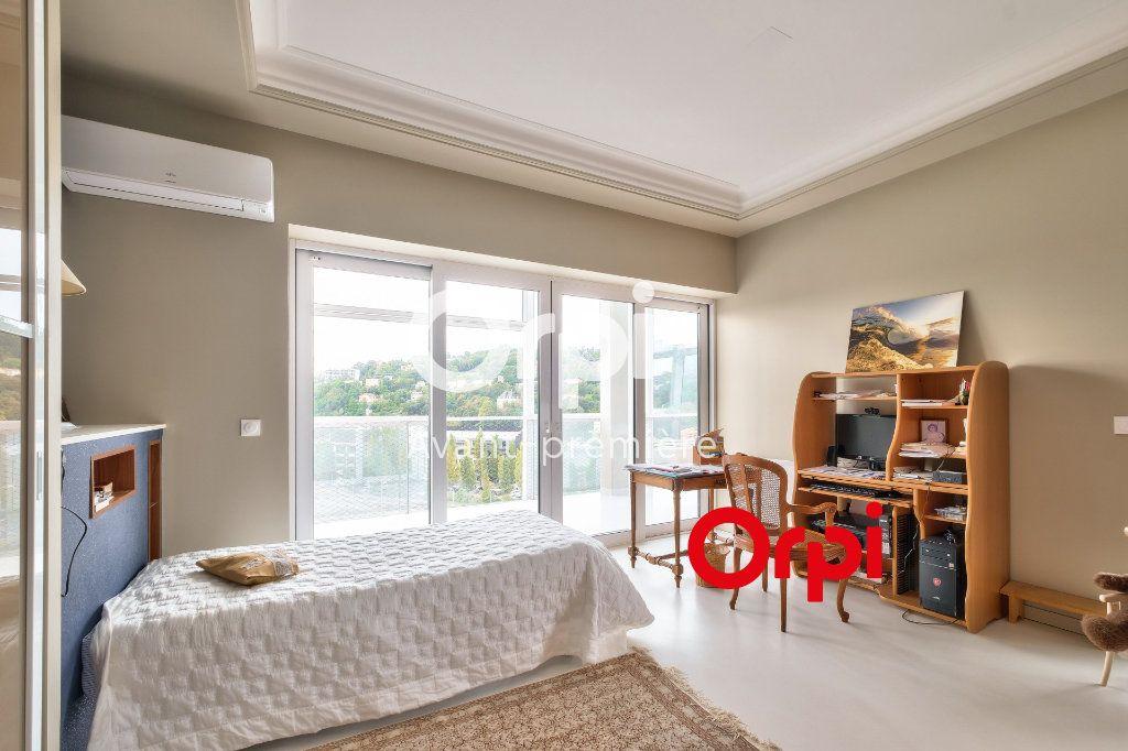 Appartement à vendre 3 117m2 à Lyon 2 vignette-10