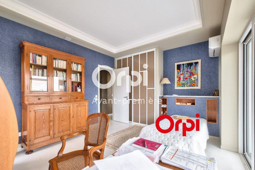 Appartement à vendre 3 117m2 à Lyon 2 vignette-11