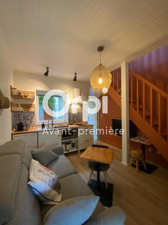 Appartement à vendre 2 34m2 à La Rochelle vignette-2