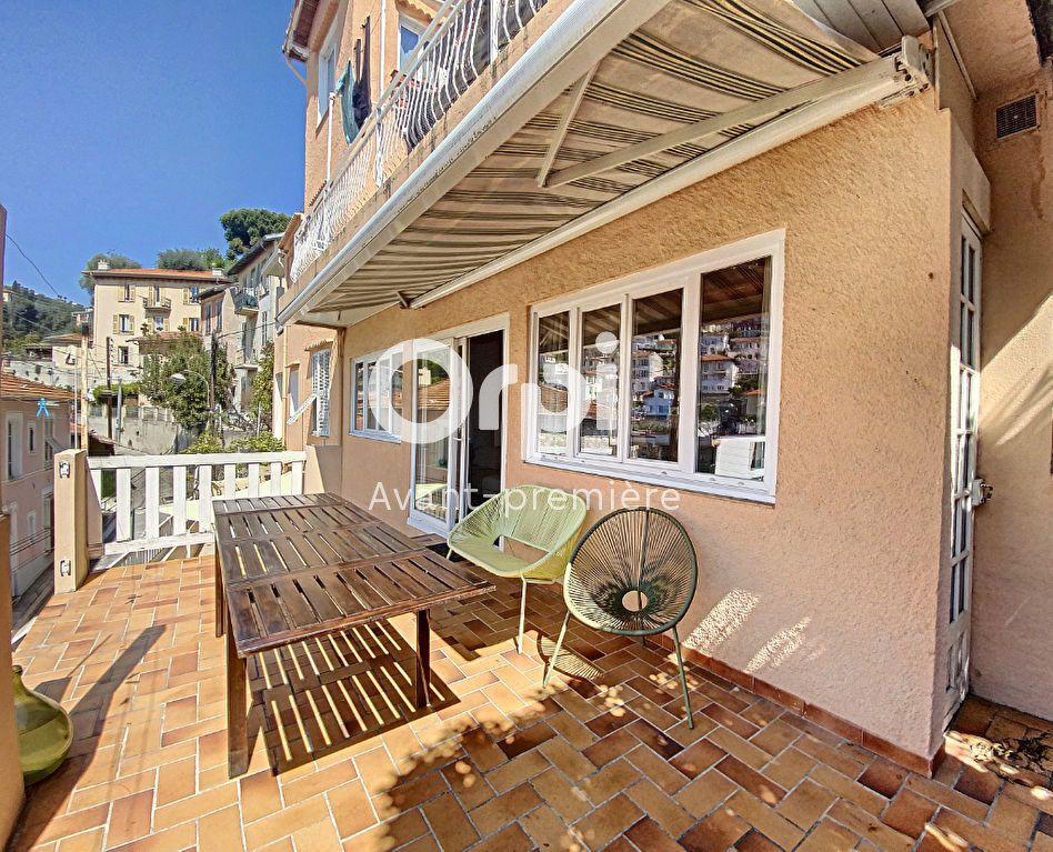 Appartement à vendre 4 135.88m2 à Nice vignette-1