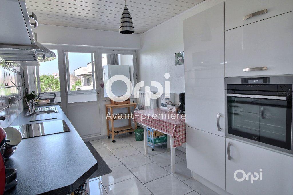Appartement à vendre 3 78m2 à Illzach vignette-2