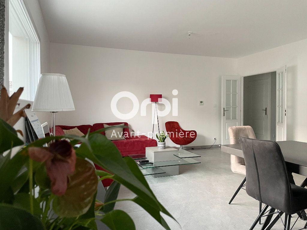 Maison à vendre 5 127.46m2 à Saint-Paul-Trois-Châteaux vignette-3