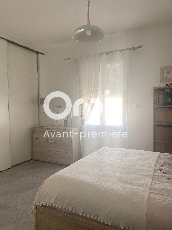 Maison à vendre 5 127.46m2 à Saint-Paul-Trois-Châteaux vignette-6