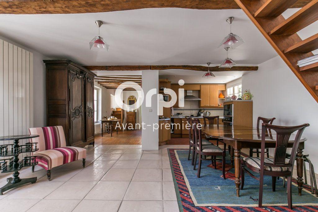 Appartement à vendre 6 160m2 à Chennevières-sur-Marne vignette-2
