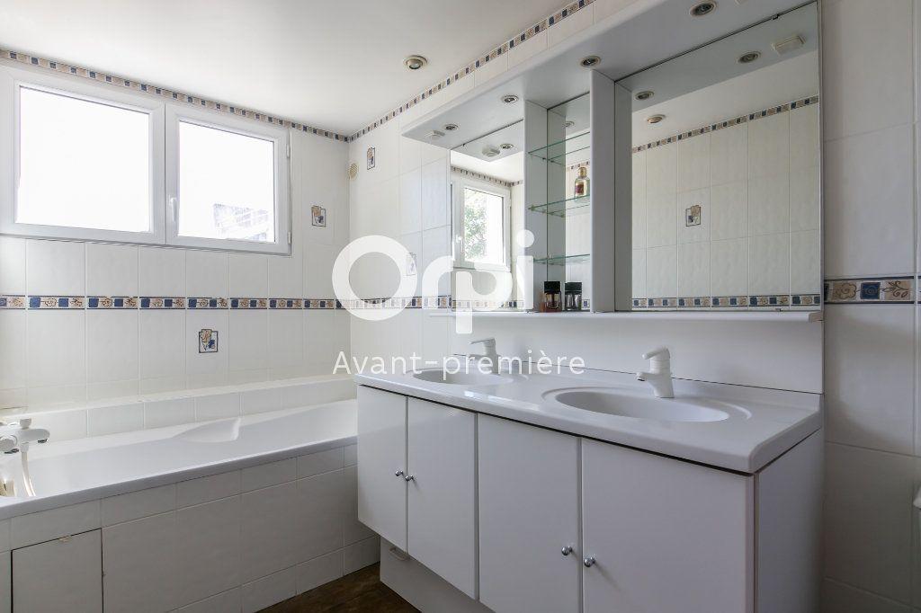 Appartement à vendre 6 160m2 à Chennevières-sur-Marne vignette-9