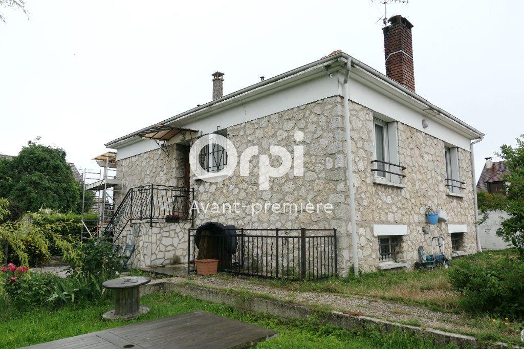 Maison à vendre 7 145m2 à Herblay vignette-1