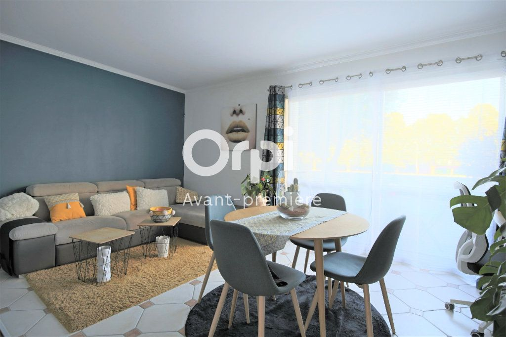 Appartement à vendre 4 77.85m2 à Eaubonne vignette-1