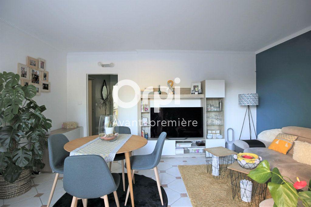 Appartement à vendre 4 77.85m2 à Eaubonne vignette-3