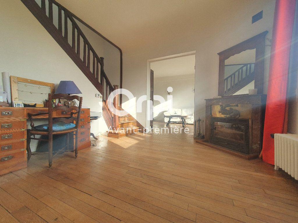 Maison à vendre 6 106m2 à Beauchamp vignette-6