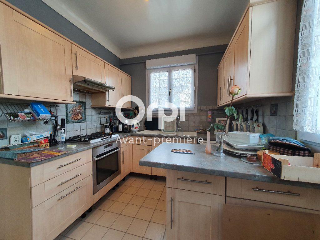 Maison à vendre 6 106m2 à Beauchamp vignette-10