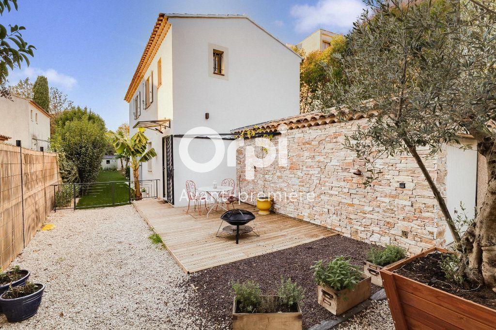 Maison à vendre 4 103m2 à Marseille 12 vignette-5
