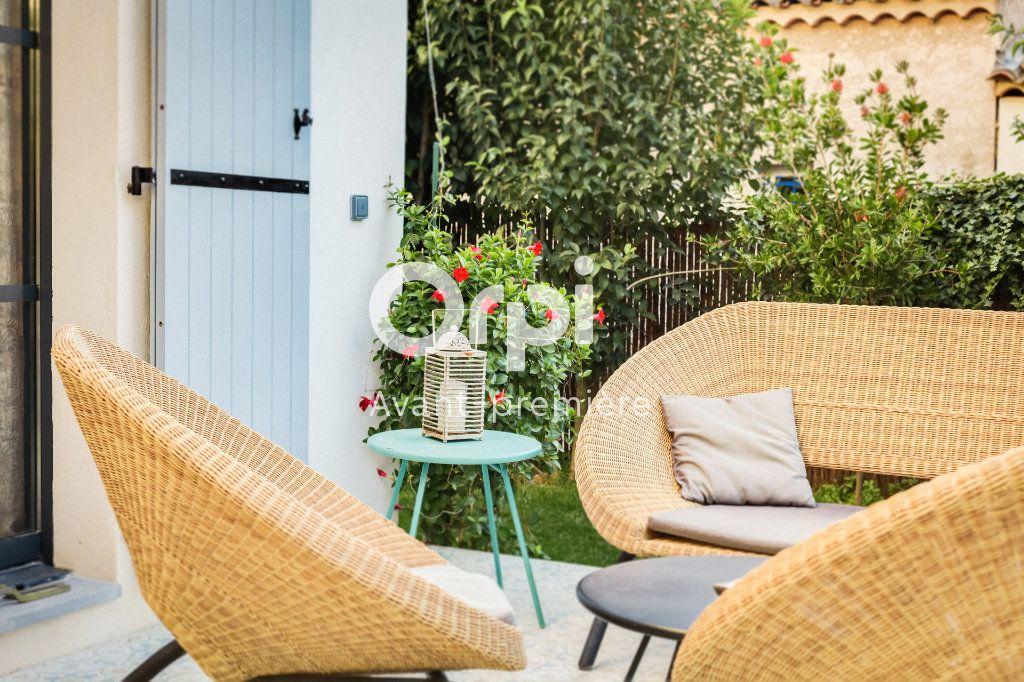 Maison à vendre 4 103m2 à Marseille 12 vignette-8