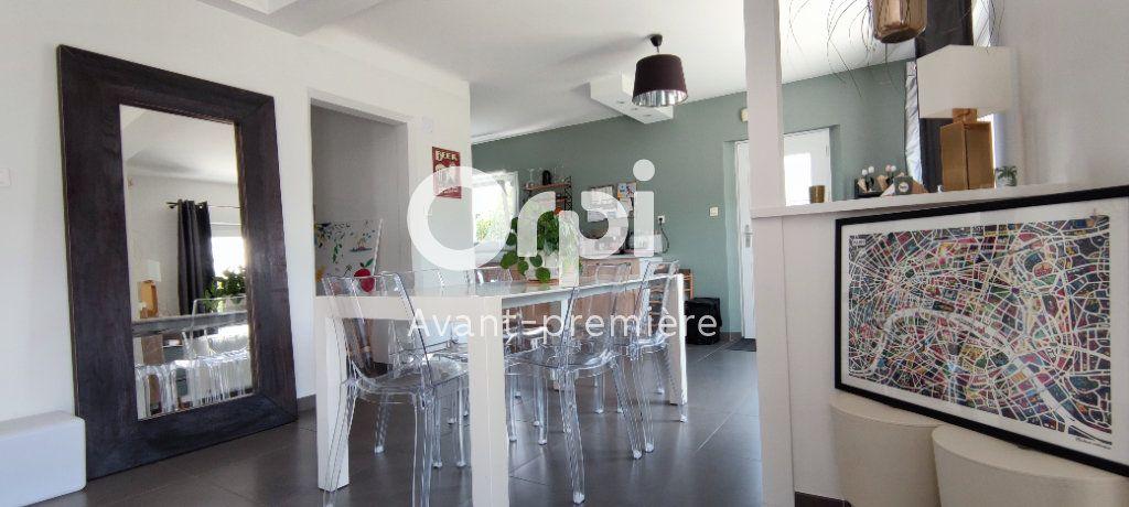 Maison à vendre 4 120.28m2 à Carquefou vignette-1