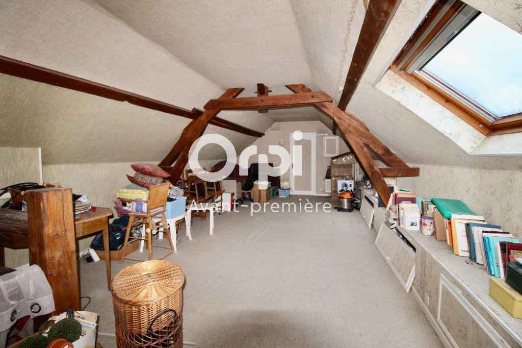 Maison à vendre 8 265.37m2 à Évricourt vignette-8