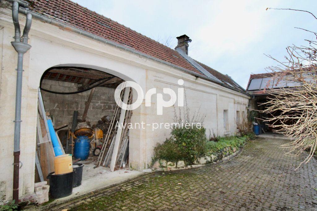 Maison à vendre 8 265.37m2 à Évricourt vignette-14