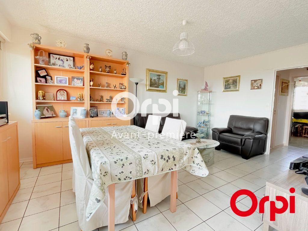 Appartement à vendre 4 73m2 à Rillieux-la-Pape vignette-3