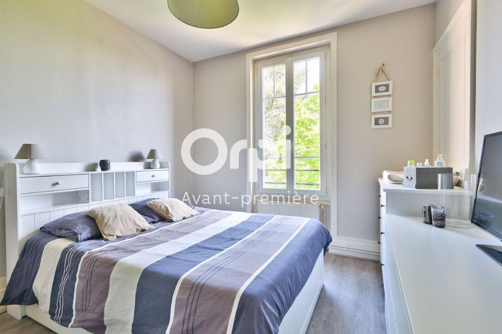 Appartement à vendre 4 80m2 à Rillieux-la-Pape vignette-4