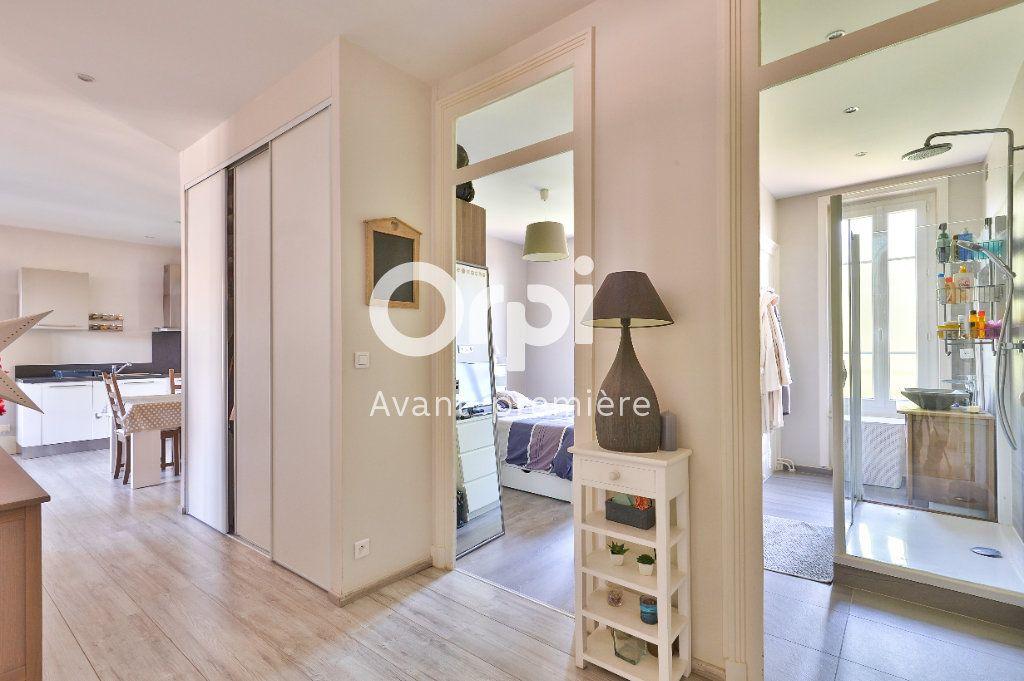 Appartement à vendre 4 80m2 à Rillieux-la-Pape vignette-7