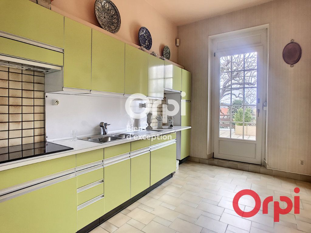 Maison à vendre 5 170m2 à Montluçon vignette-2