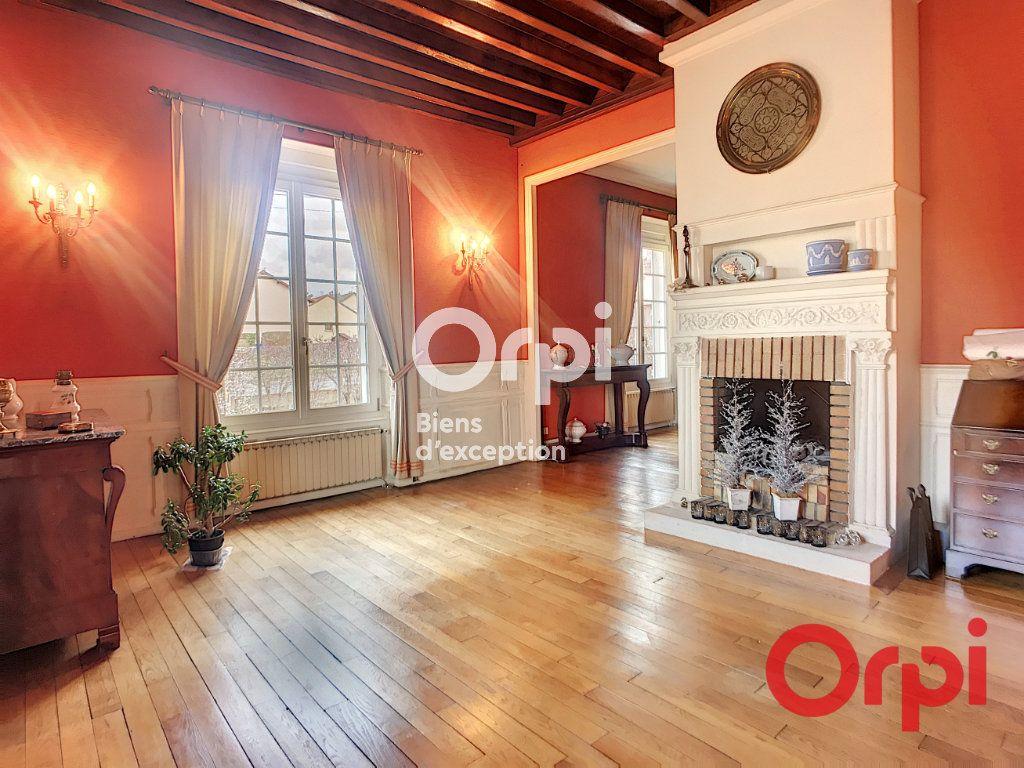 Maison à vendre 5 170m2 à Montluçon vignette-3
