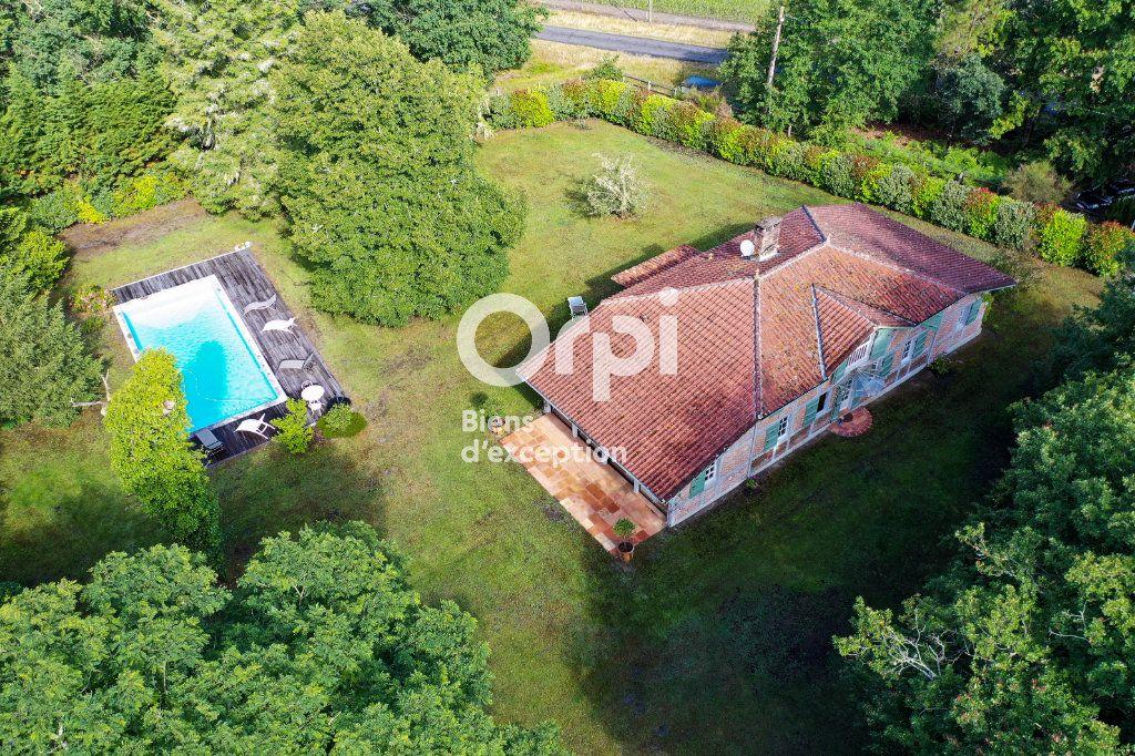 Maison à vendre 8 198m2 à Mézos vignette-6