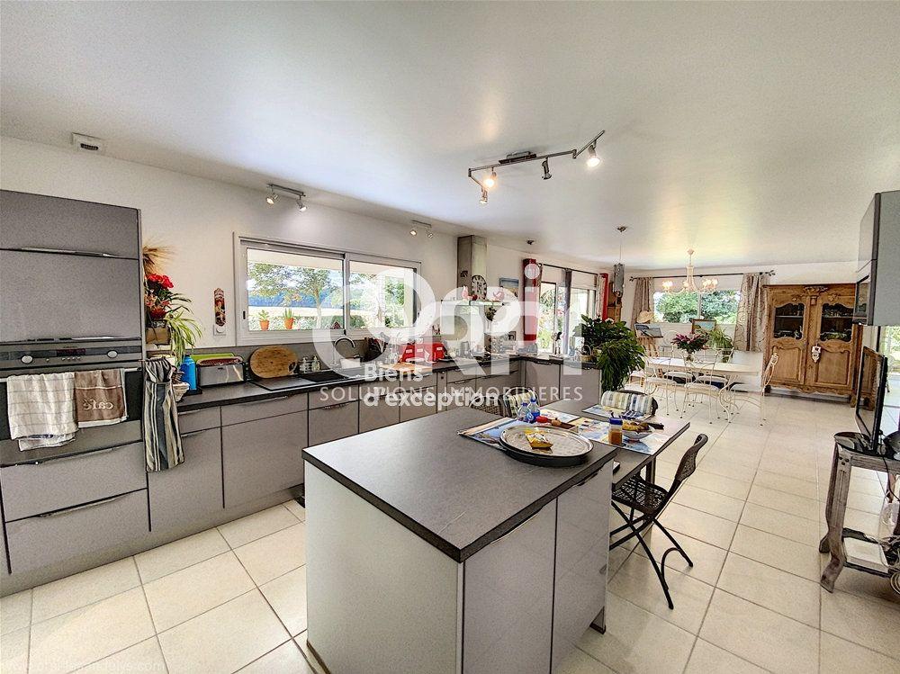 Maison à vendre 8 274m2 à Lyons-la-Forêt vignette-3
