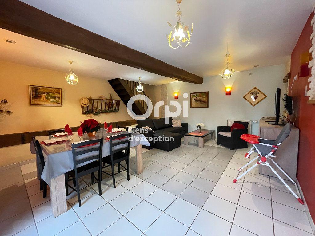 Maison à vendre 23 700m2 à La Couture-Boussey vignette-11