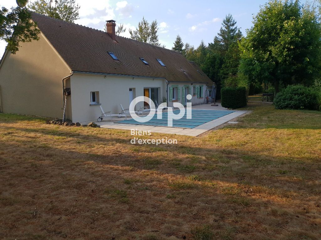Maison à vendre 10 215m2 à Romorantin-Lanthenay vignette-3