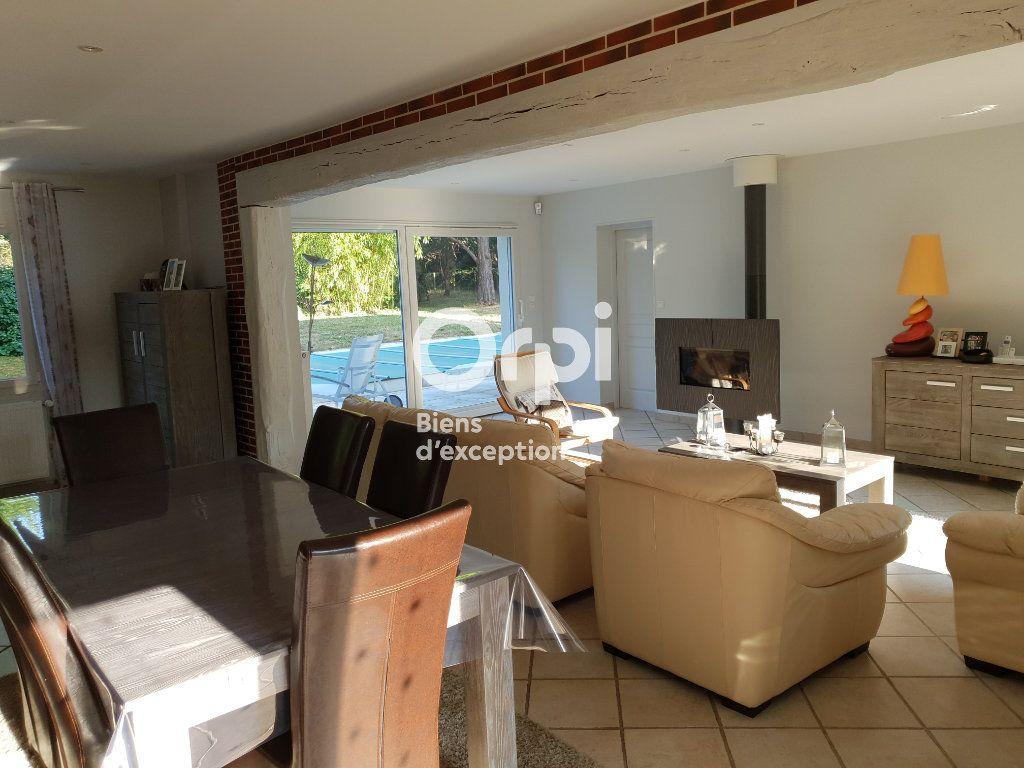Maison à vendre 10 215m2 à Romorantin-Lanthenay vignette-4