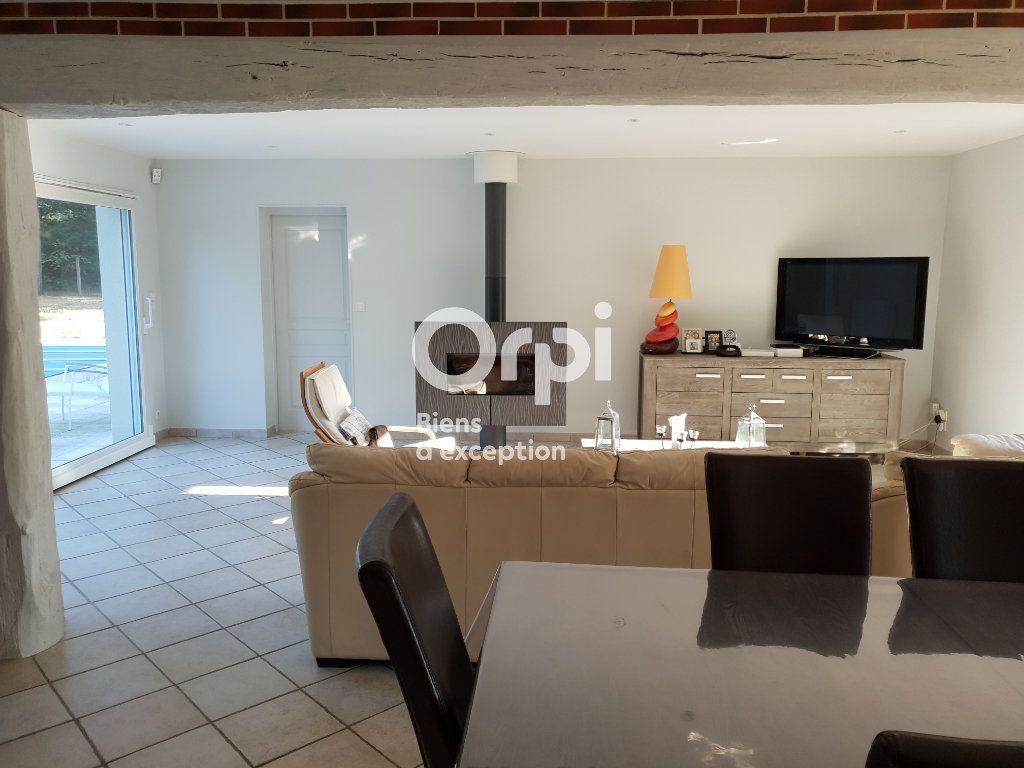 Maison à vendre 10 215m2 à Romorantin-Lanthenay vignette-8
