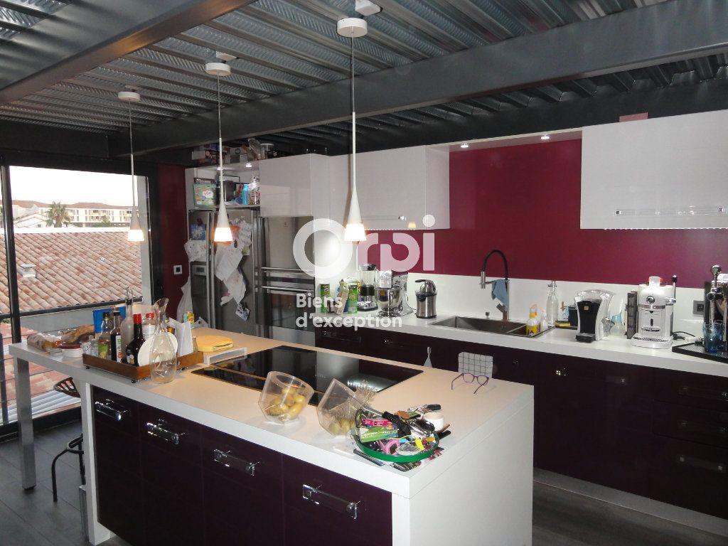 Maison à vendre 5 130m2 à Palavas-les-Flots vignette-5