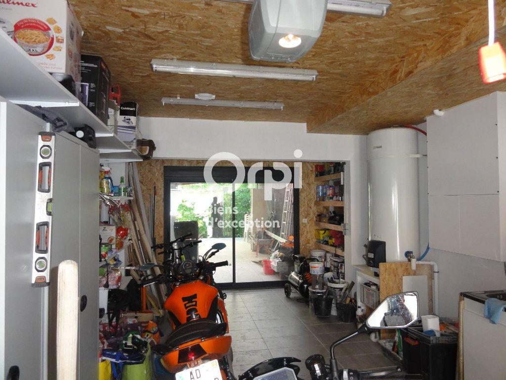 Maison à vendre 5 130m2 à Palavas-les-Flots vignette-15