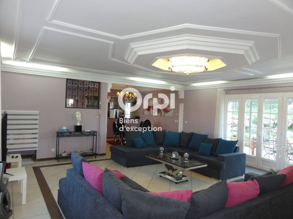 Maison à vendre 7 231m2 à Grabels vignette-1
