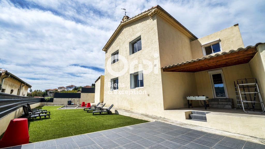 Maison à vendre 6 144m2 à Nice vignette-5