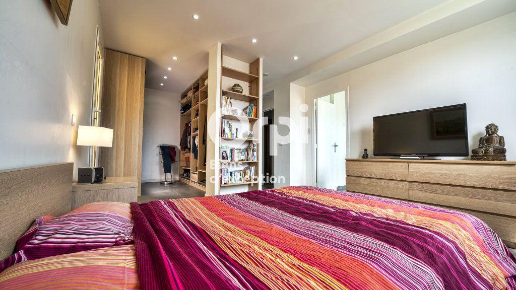 Maison à vendre 6 144m2 à Nice vignette-8