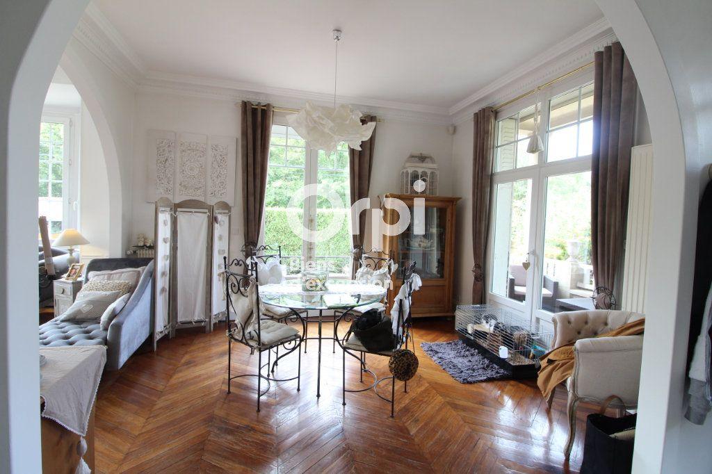 Maison à vendre 6 138m2 à Compiègne vignette-3