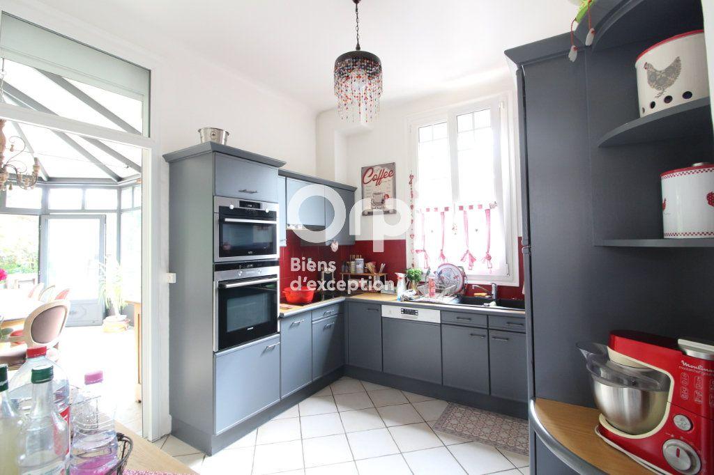 Maison à vendre 6 138m2 à Compiègne vignette-5