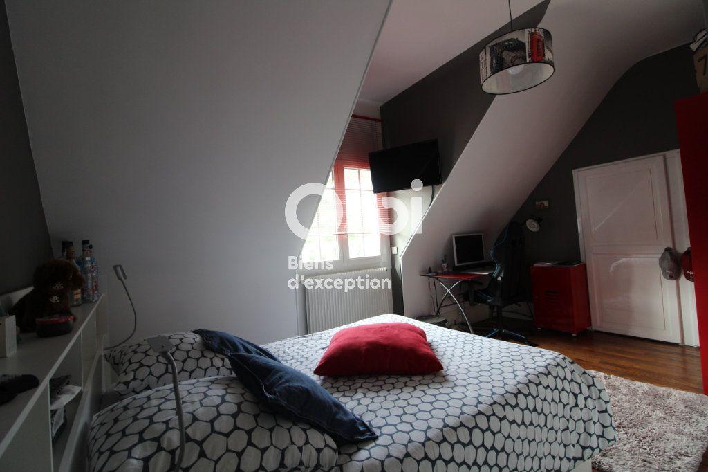 Maison à vendre 6 138m2 à Compiègne vignette-8