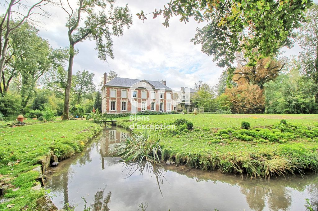 Maison à vendre 12 245m2 à Compiègne vignette-1
