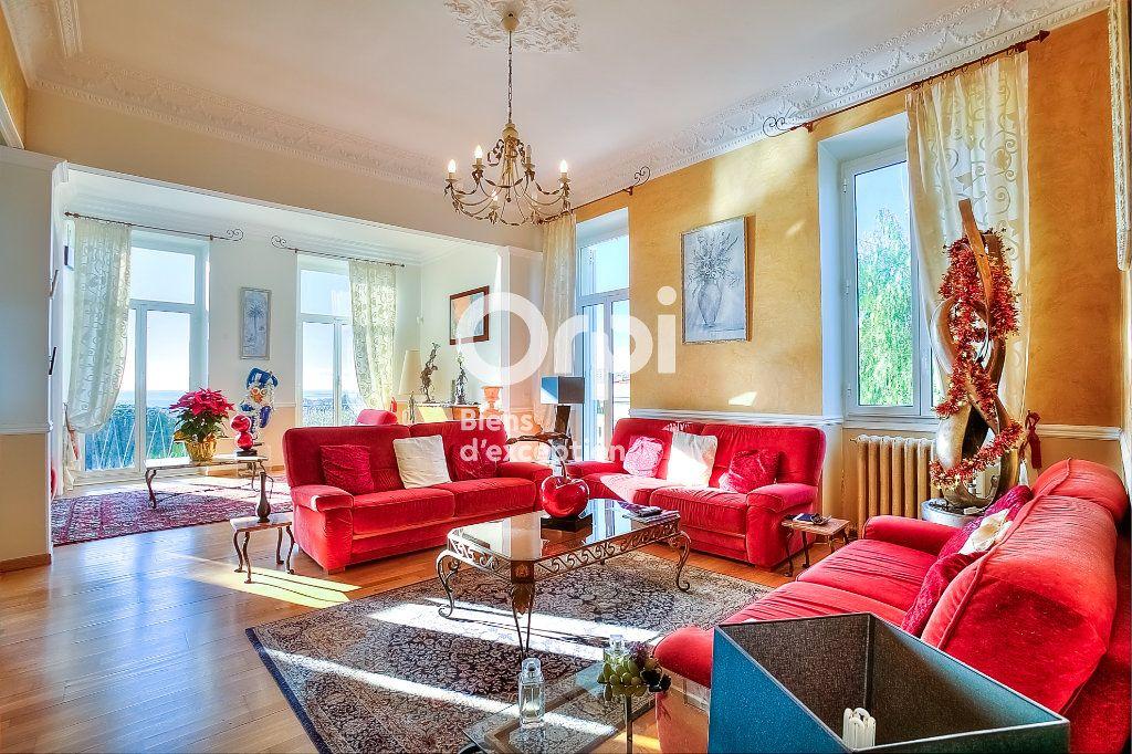 Maison à vendre 9 330m2 à Nice vignette-6