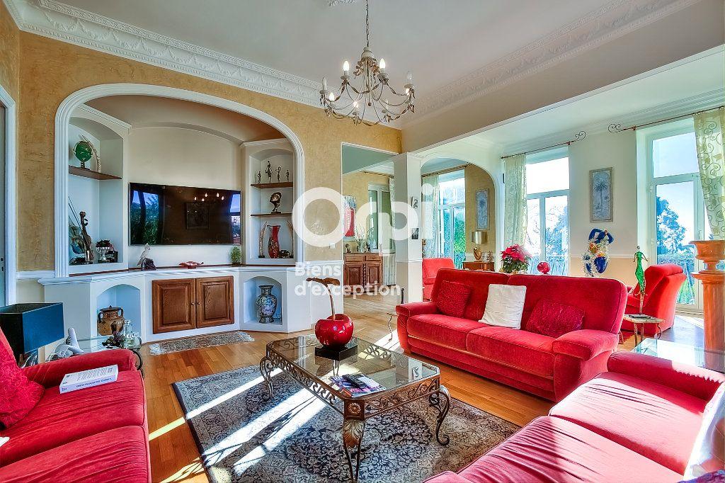 Maison à vendre 9 330m2 à Nice vignette-7