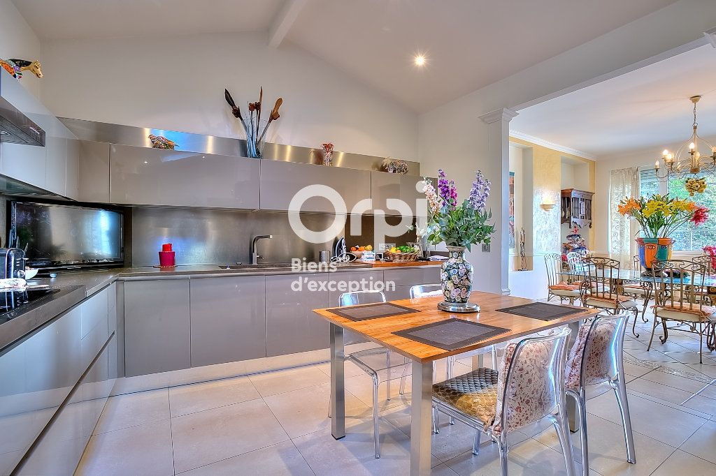 Maison à vendre 9 330m2 à Nice vignette-8
