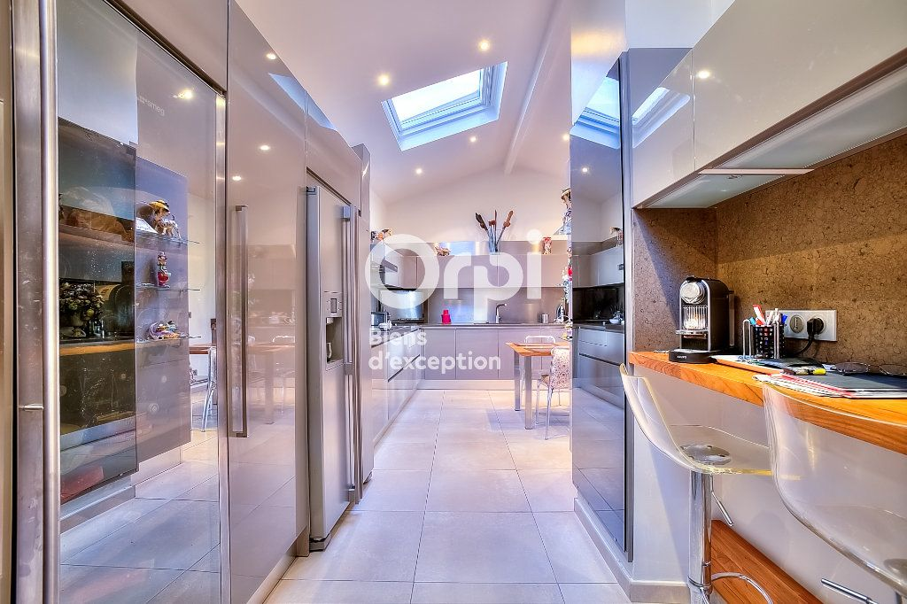 Maison à vendre 9 330m2 à Nice vignette-9
