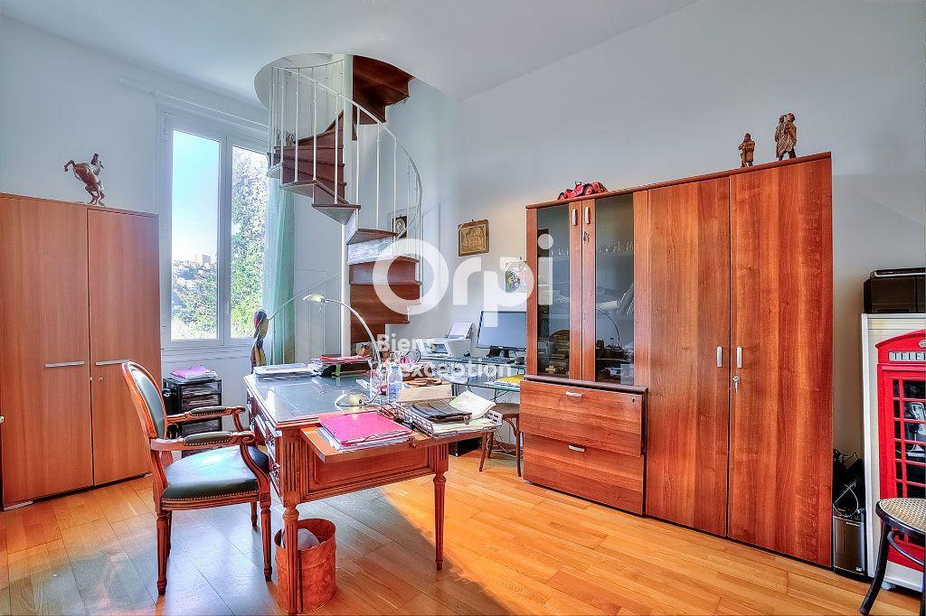 Maison à vendre 9 330m2 à Nice vignette-10